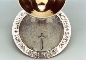 Particolare del calice del decimo Anniversario dell'Ordinazione