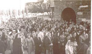 Folla di fedeli al funerale di Marcello Labor