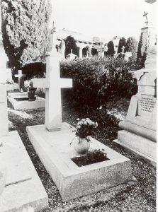 Tomba presso il cimitero di Sant'Anna