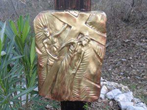 Seconda stazione - Gesù riceve la croce