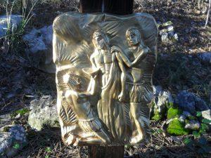 Decima stazione - Gesù è spogliato delle vesti