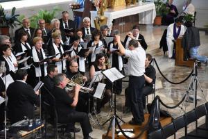 Il coro del 13 maggio 2018